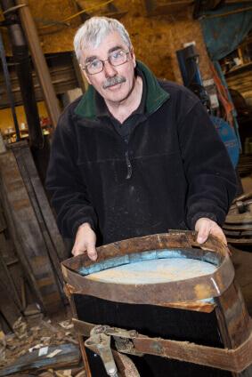 Master barrel maker