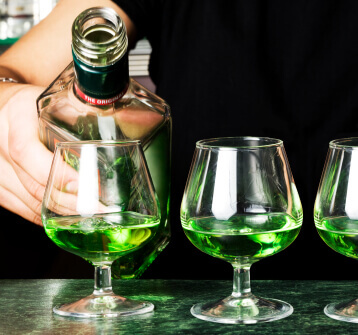the history of absinthe and its effects on people Absinthe is a grain alcohol of swiss origin that is made by macerating herbs and spices, the most important of which are fennel, anise, and wormwood the first two give absinthe its characteristic.