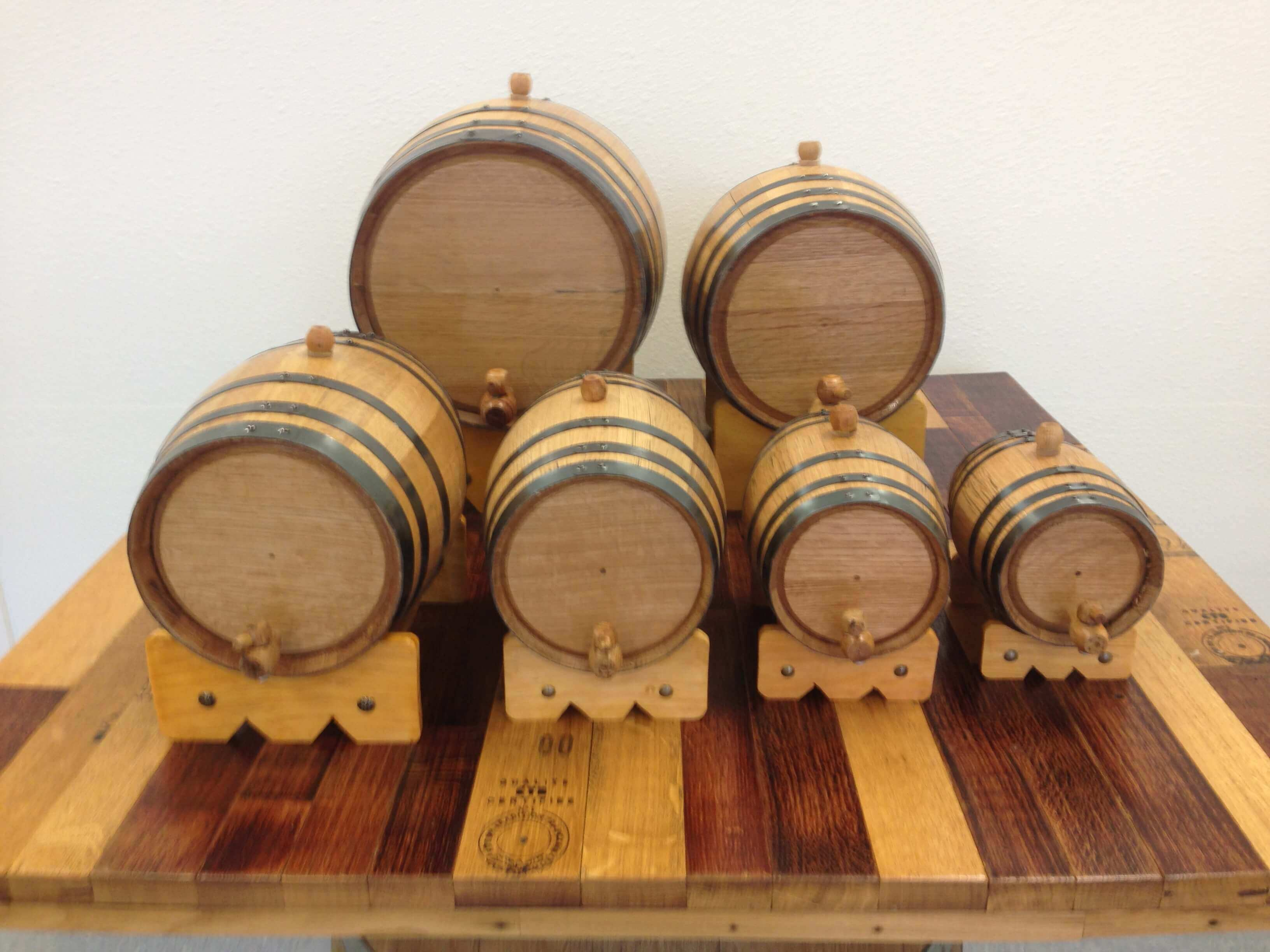 The Mini Whiskey Barrel Is Perfect For Any Whiskey Drinker Red
