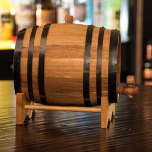 5 Liter Ageless Oak Barrel side