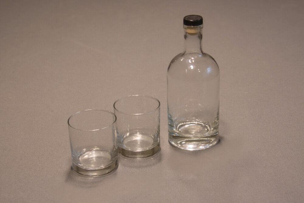 451b6f90d91 Bourbon Bottle and Whiskey Glasses Set - Red Head Oak Barrels ...