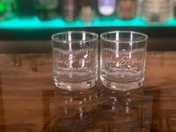 glasses engraved set